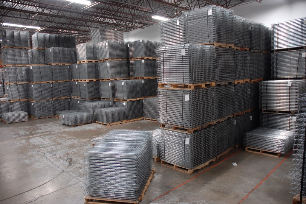 Our Minnesota Warehouse of wire deck for pallet rack